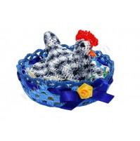 Kokoš v gnezdu - modro